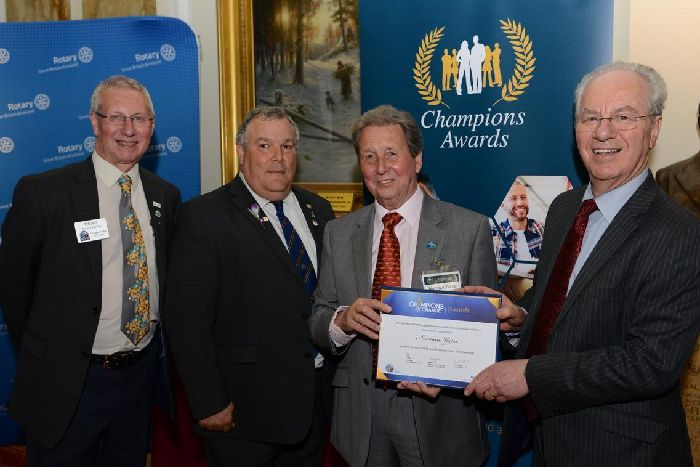 PIES Trustee receives Rotary Award